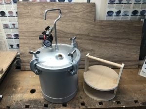 Vacuum chamber and caddy